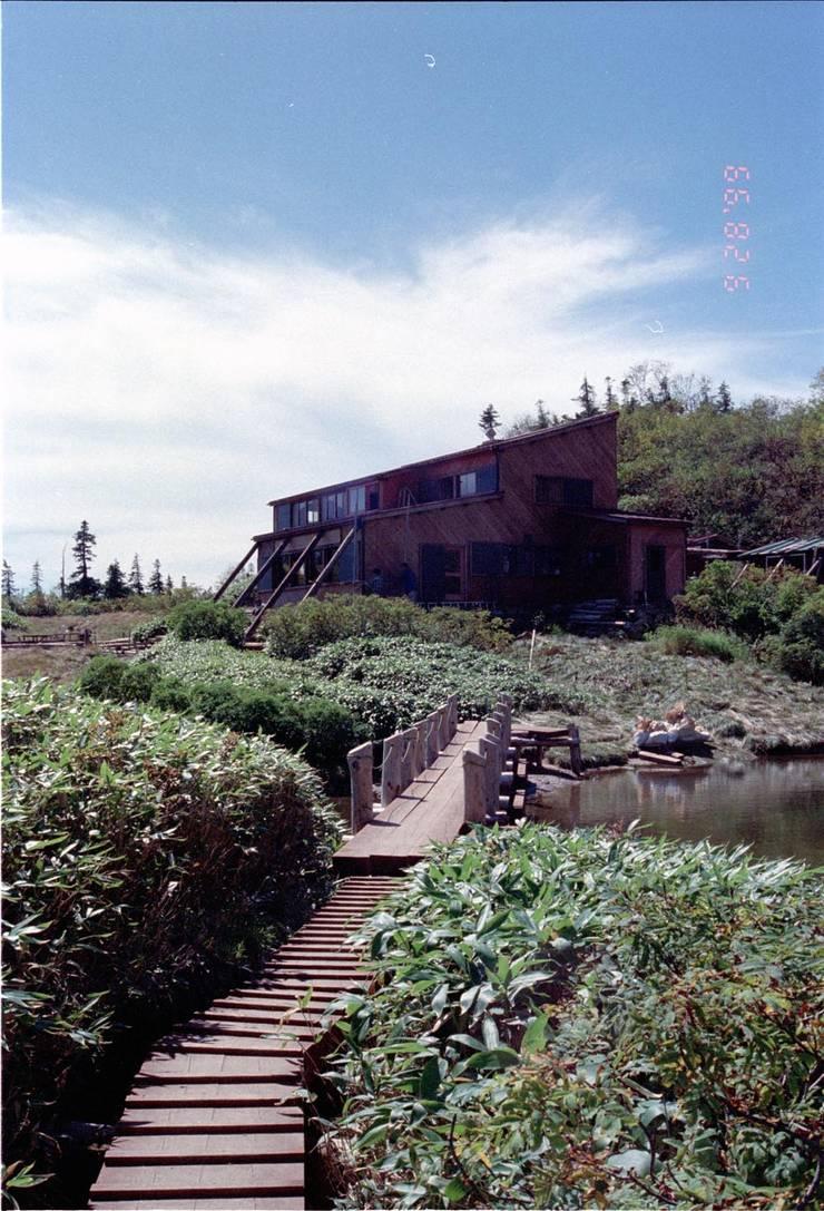 山荘-04: 唐崎計画設計工房が手掛けたホテルです。