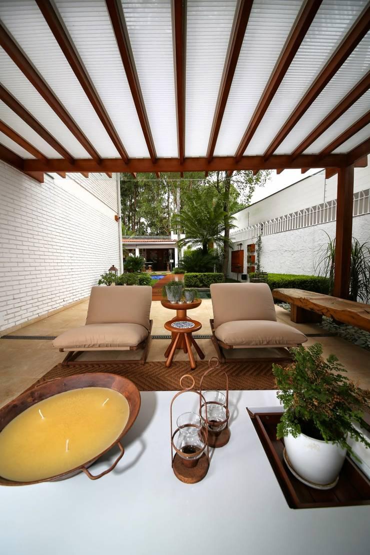 Patios & Decks by MeyerCortez arquitetura & design, Modern