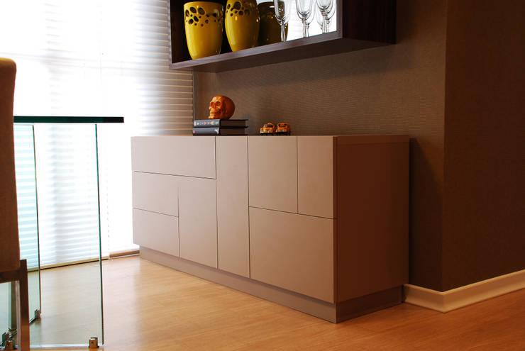 Buffet Tetris: Sala de jantar  por Neoarch