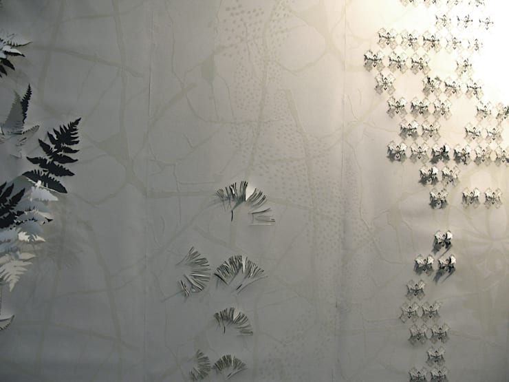 3D hand printed and textured white wall:  Walls & flooring by Tactile Wonderland