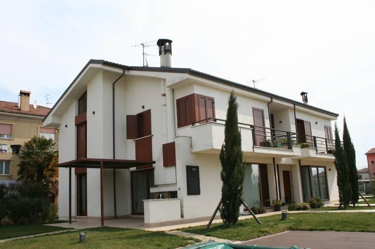 منازل تنفيذ PARIS PASCUCCI ARCHITETTI
