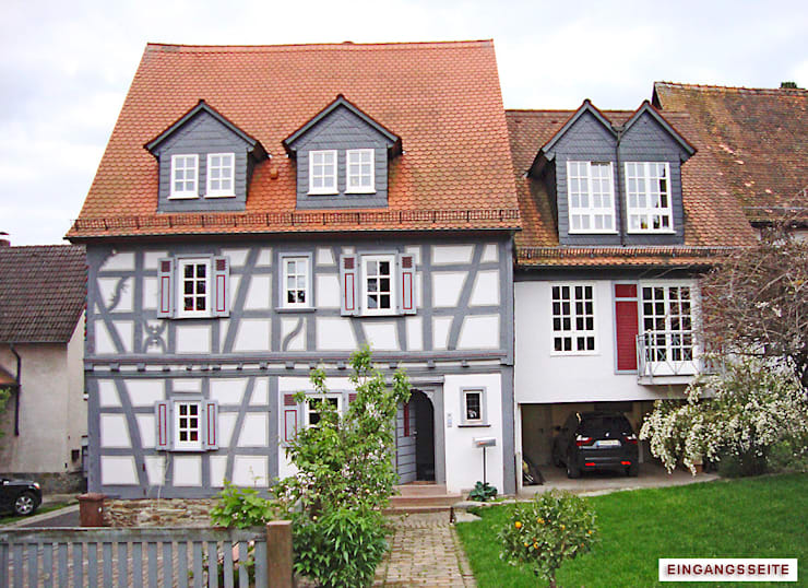 colonial Houses by Architekturbüro Hans-Jürgen Lison