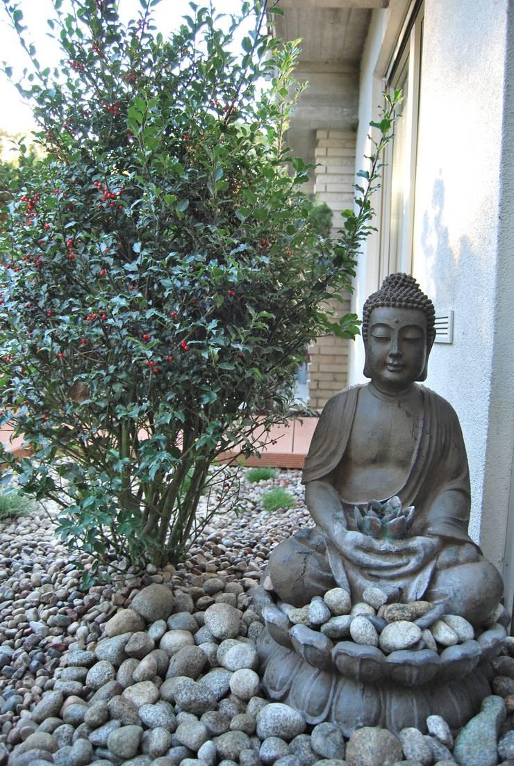 Ogród minimalistyczny ze strefą do medytacji: styl , w kategorii Łazienka zaprojektowany przez Ogrody Przyszłości