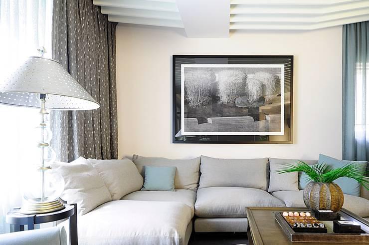 гостиная : Гостиная в . Автор – Roomsbyme