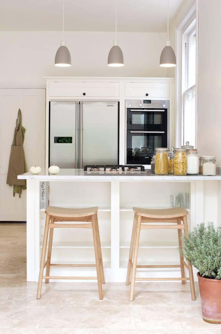 The Tunbridge Wells Shaker Kitchen by deVOL :  Kitchen by deVOL Kitchens