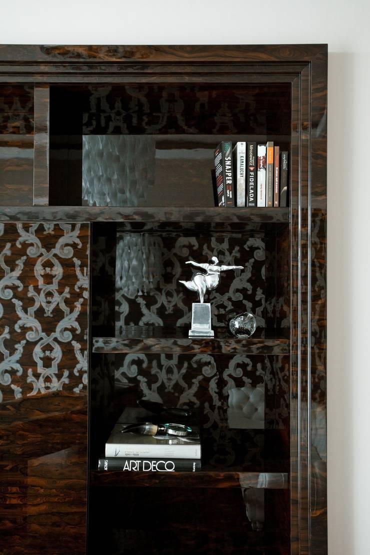 Zabudowa w gabinecie: styl , w kategorii Salon zaprojektowany przez living box