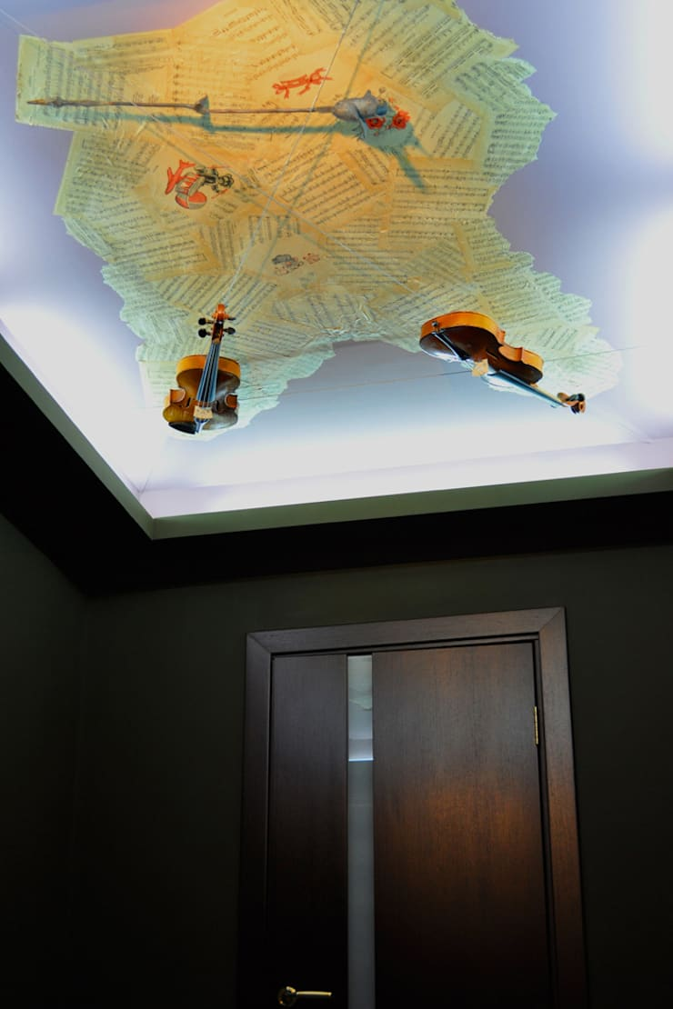 Квартира 150м2. Екатеринбург. ул.Шварца, 14.: Коридор и прихожая в . Автор – Tutto design