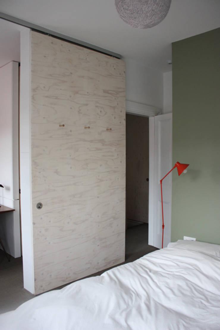 Sliding doors par gregblee Moderne