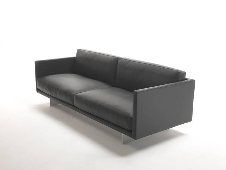 AIR:  Woonkamer door DCM Interior Design