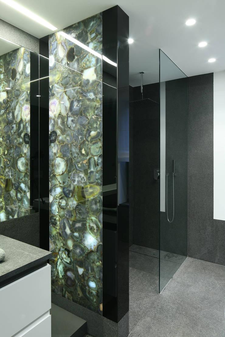 Łazienka z agatami: styl , w kategorii Łazienka zaprojektowany przez living box