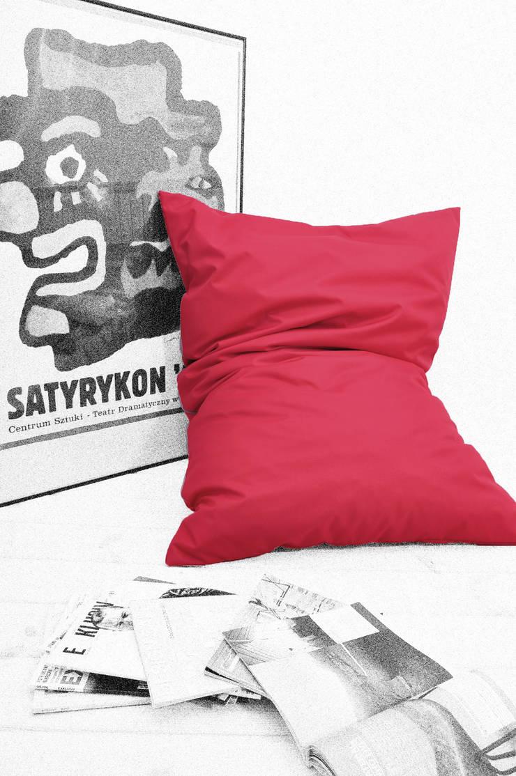poduszka do leżenia: styl , w kategorii Salon zaprojektowany przez Pracownia Reborn,