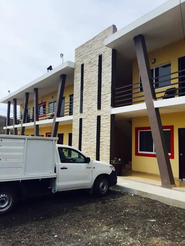 EL DESCANSO INN: Casas de estilo  por hausing arquitectura