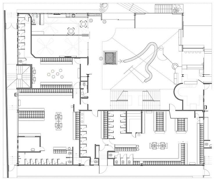 Academia Competition - unidade Oscar Freire:   por ARQdonini Arquitetos Associados,