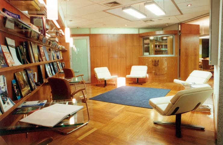 New Zealand Consulate: Lojas e imóveis comerciais  por ARQdonini Arquitetos Associados