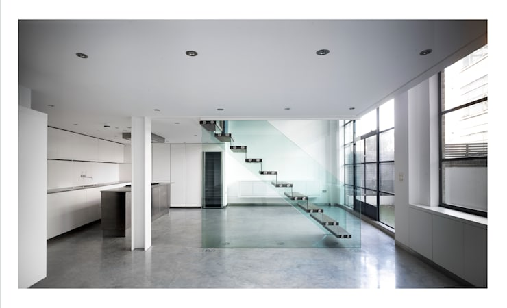 Chiswick Green Studios - Oak & glass staircase:  Corridor & hallway by Syte Architects