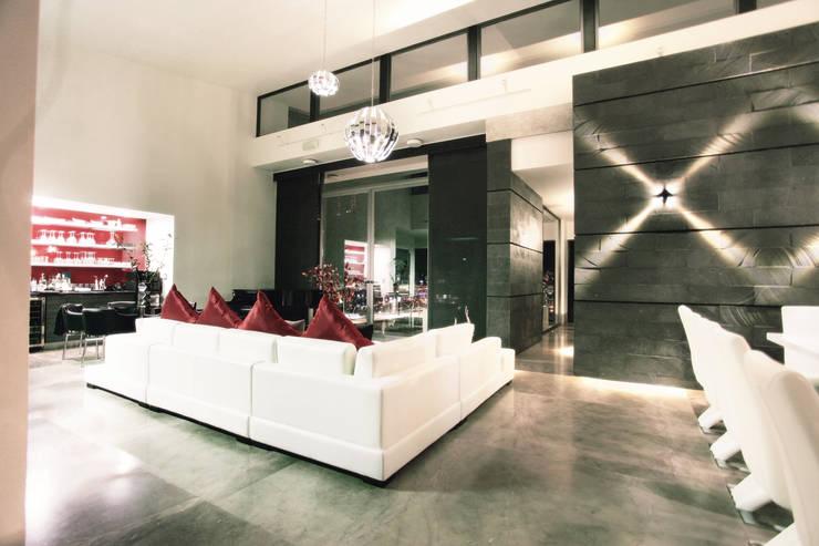 Vista de espacio interior: Salas de estilo  por Diez y Nueve Grados Arquitectos