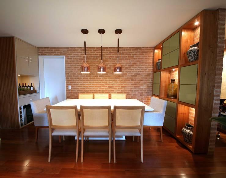 Vila Mascote III: Salas de jantar  por MeyerCortez arquitetura & design
