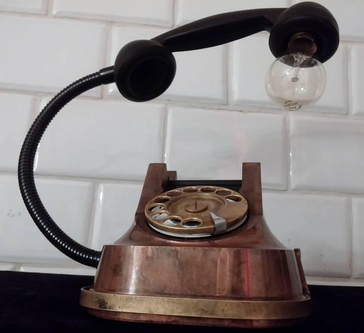 teleLAMPAfon - aJron 45': styl , w kategorii Salon zaprojektowany przez RefreszDizajn