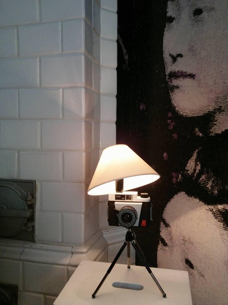 FotoLampka ami: styl , w kategorii Sypialnia zaprojektowany przez RefreszDizajn