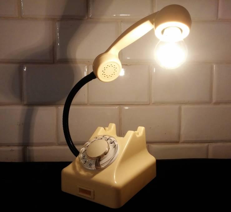 teleLAMPAfon - iVory 61': styl , w kategorii Sypialnia zaprojektowany przez RefreszDizajn