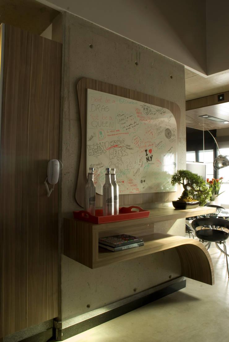 Projeto: Cozinhas  por Carla Sorg Arquitetura & Interiores