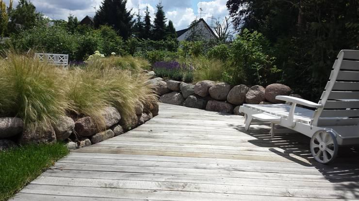 Taman by SUD[D]EN Gärten und Landschaften
