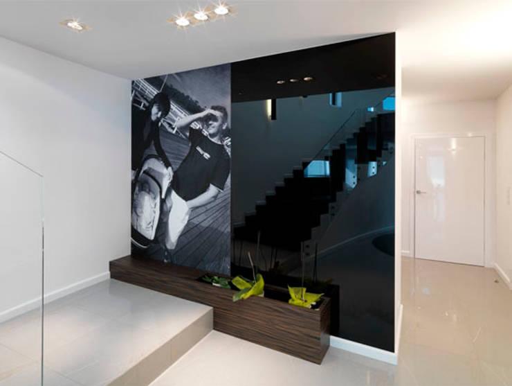 Korytarz: styl , w kategorii Korytarz, przedpokój zaprojektowany przez living box,