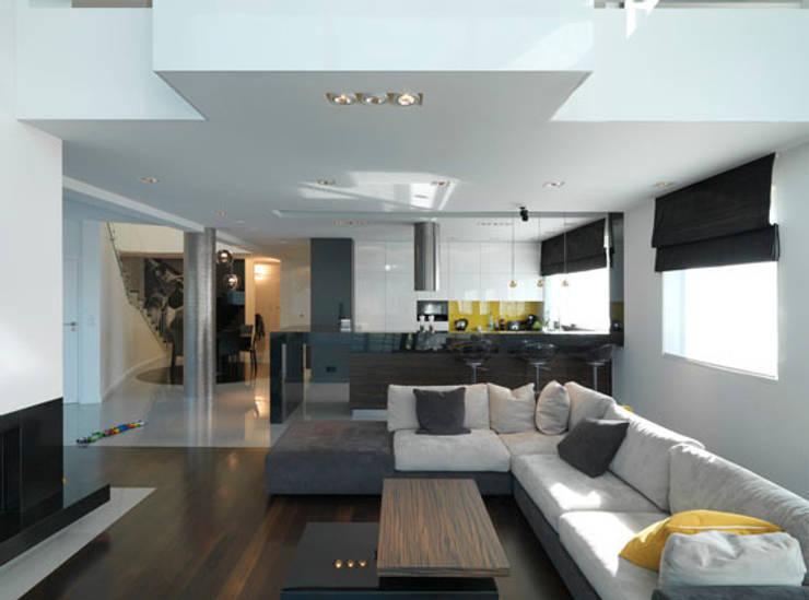 Salon z kuchnią: styl , w kategorii Salon zaprojektowany przez living box,