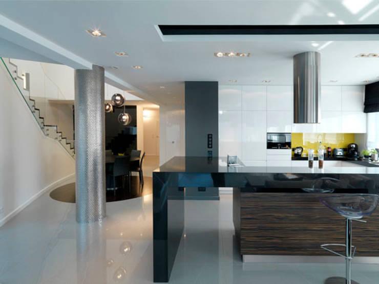 Kuchnia: styl , w kategorii Kuchnia zaprojektowany przez living box,