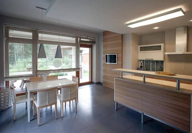 S-HOUSE : Столовые комнаты в . Автор – NefaProject