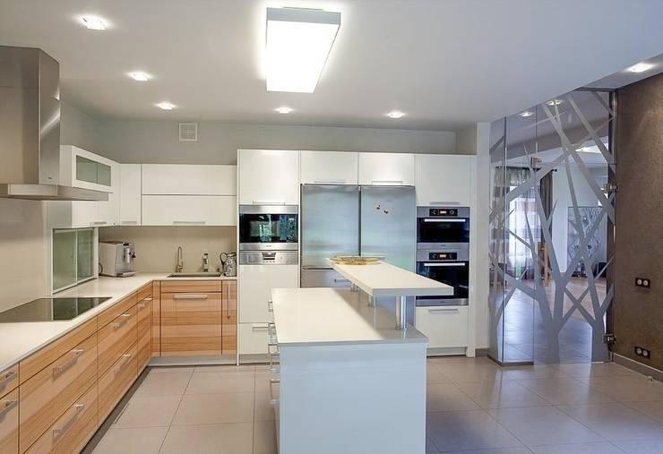 Projekty,  Kuchnia zaprojektowane przez NefaProject