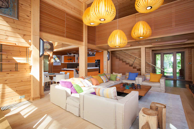 Интерьер частного дома в Подмосковье: Гостиная в . Автор – Студия экспериментального проектирования 'Rakurs'