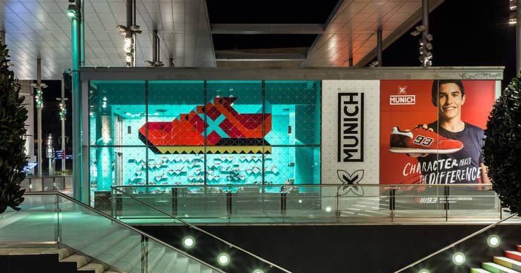 Pop Up Store Munich: Oficinas y tiendas de estilo  de CartonLab