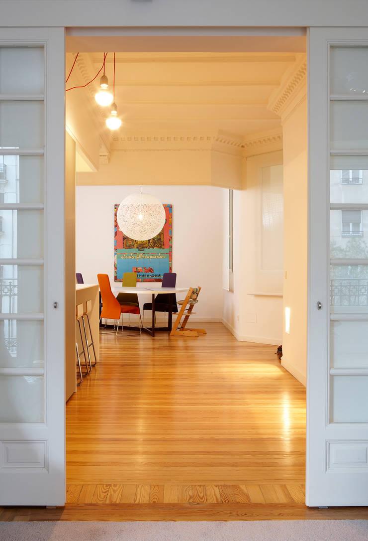 Vivienda Ortega y Gasset.Madrid: Comedores de estilo  de Beriot, Bernardini arquitectos