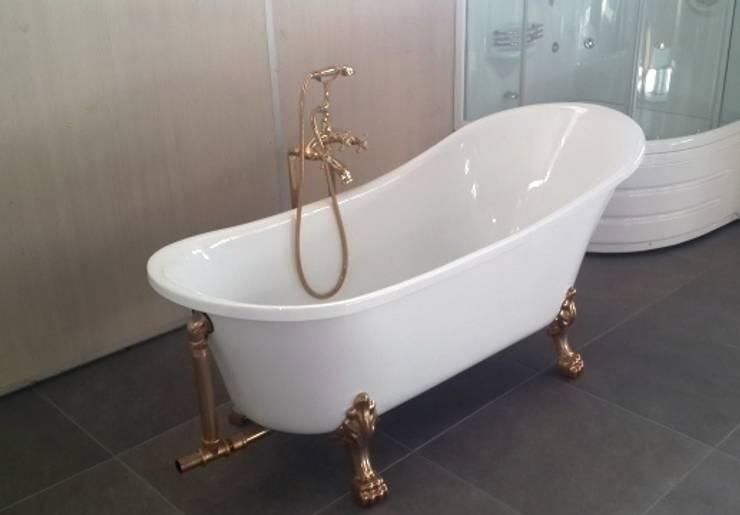 Yapıes Banyo – Altın Ayaklı Küvet:  tarz Banyo