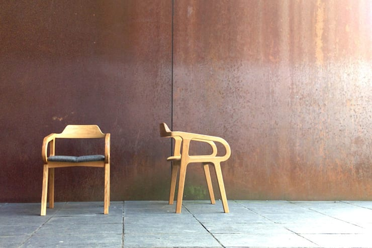 R-Chair:  Living room by AFID Design