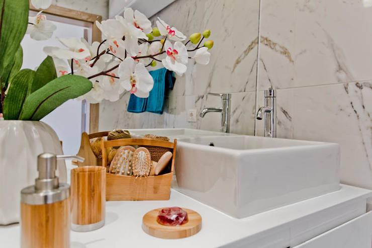Апартаменты с одной спальней в комплексе <q>Garden of eden</q> Болгария: Ванная комната в . Автор – Студия Татьяны Гребневой