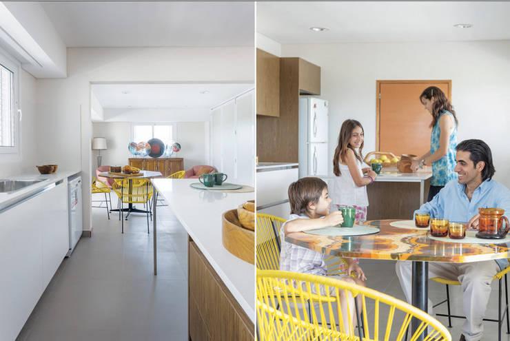 Cocinas de estilo  por La Casa G: La Casa Sustentable en Argentina, Moderno