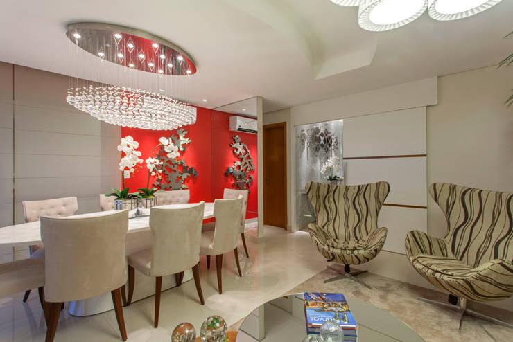Apartamento Ribeirão Preto: Salas de estar  por Designer de Interiores e Paisagista Iara Kílaris