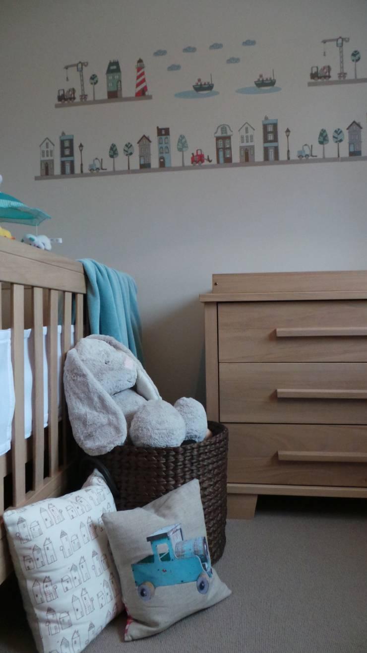 Boy's Nursery Room:  Nursery/kid's room by Eva Antoniou Interior Design