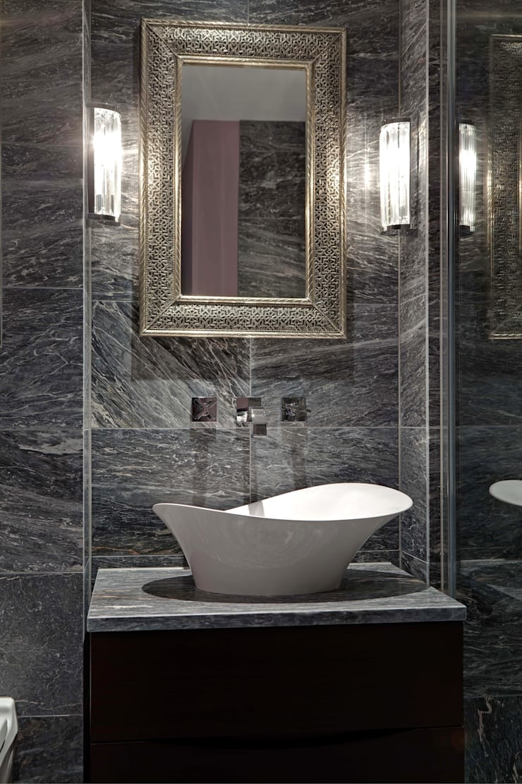 West End Apartment:  Bathroom by Nicola Holden Designs