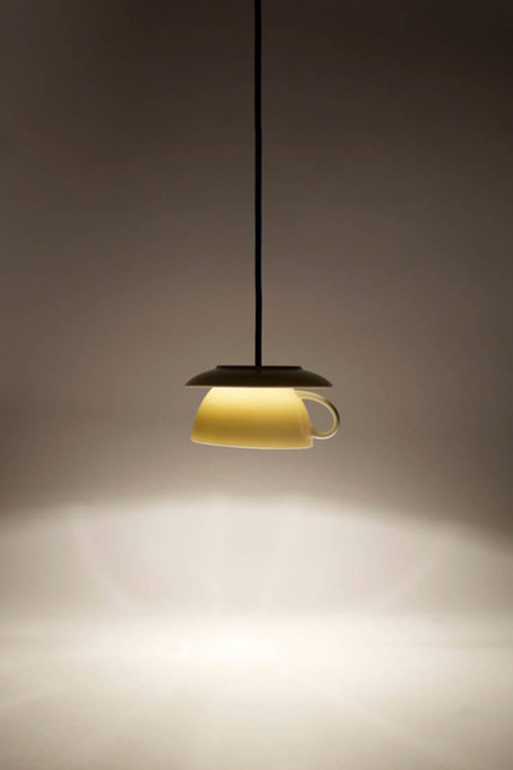 Lampa filiżanka: styl , w kategorii Kuchnia zaprojektowany przez Profizorka