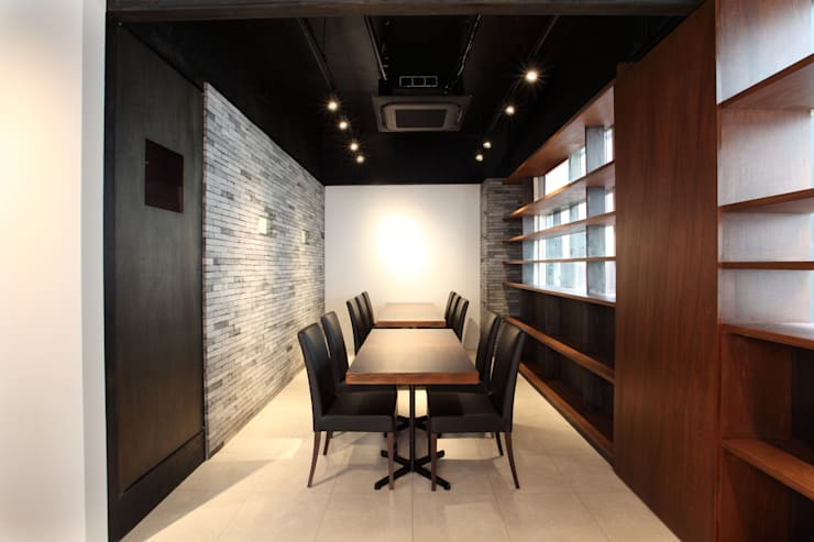 Restaurantes de estilo  por 4建築設計事務所, Moderno