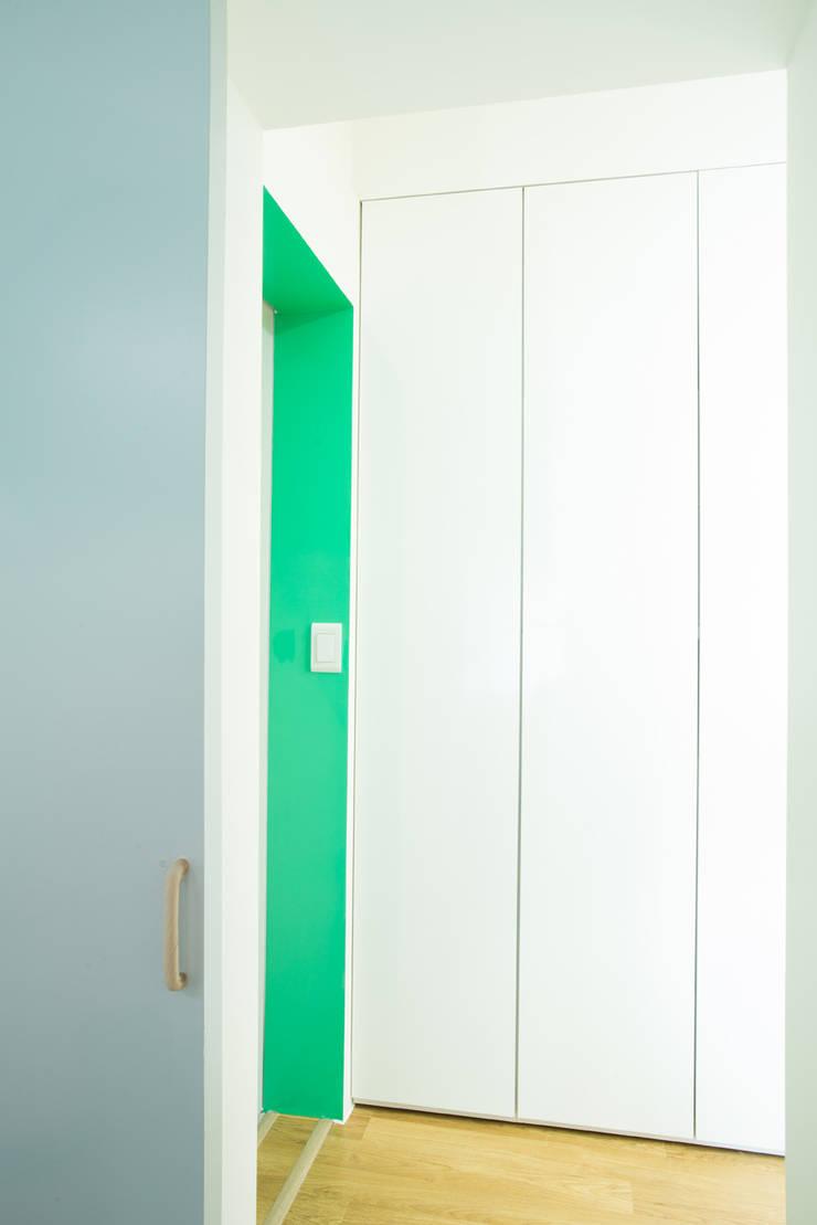 The Diagonal Line _평창동 빌라: 지오아키텍처의  욕실,모던