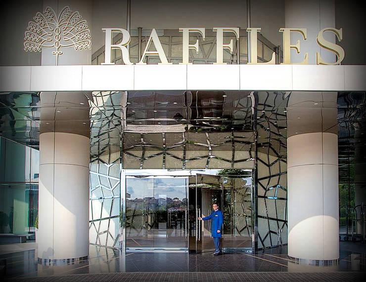 Lamina Stone / Ginşaat Madencilik – Raffless Otel Zorlu Center- Cam ile lamine Beyaz Oniks Kaplamalar/ Backlit Onyx:  tarz Oteller