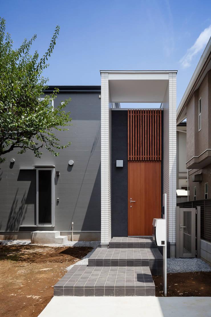大塚の家: 山岡建築研究所が手掛けた家です。