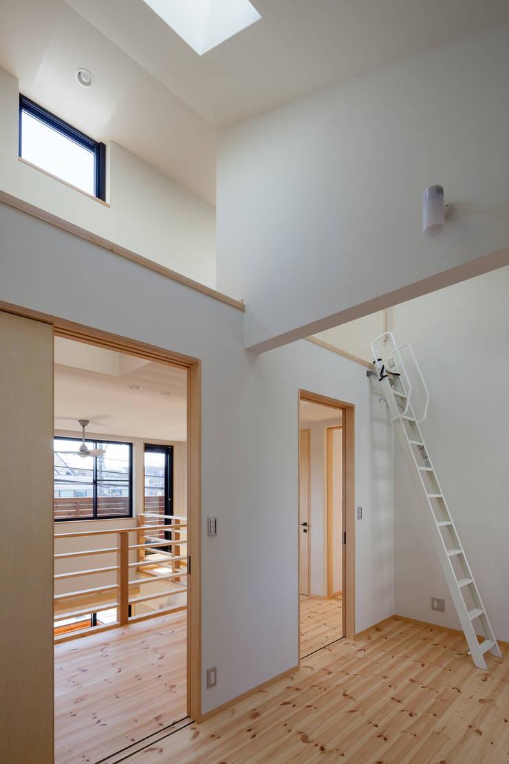 三橋の家: 山岡建築研究所が手掛けた子供部屋です。