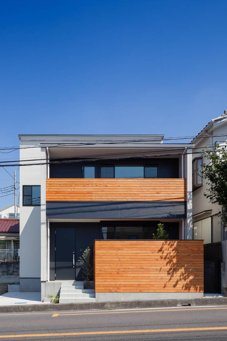 三橋の家: 山岡建築研究所が手掛けた家です。