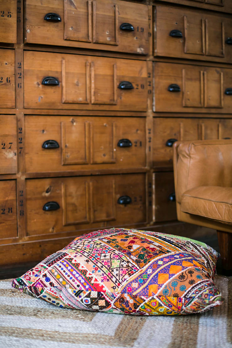 Vintage Noon collectie 15 - AAI made with love:  Woonkamer door AAI made with love