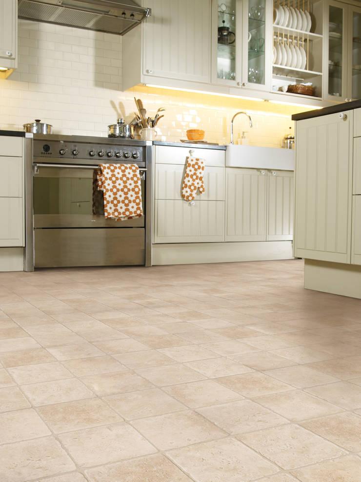 Elba D:  Walls & flooring by Avenue Floors